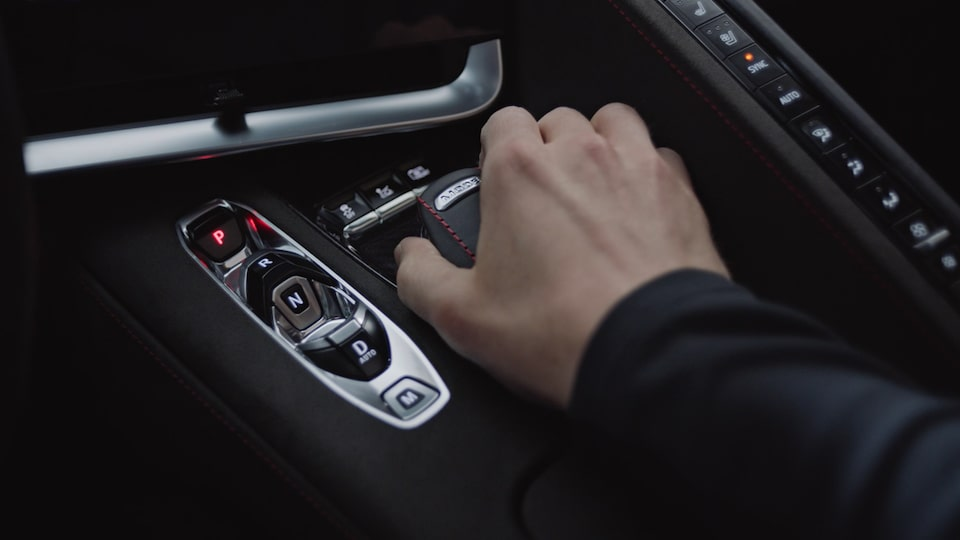 2020 Chevrolet Corvette Mid-Engine Sports Car Gear Shift